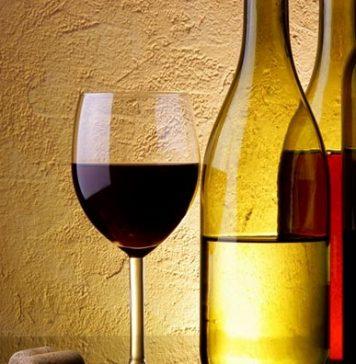 Вино од домати, коприва и марихуана